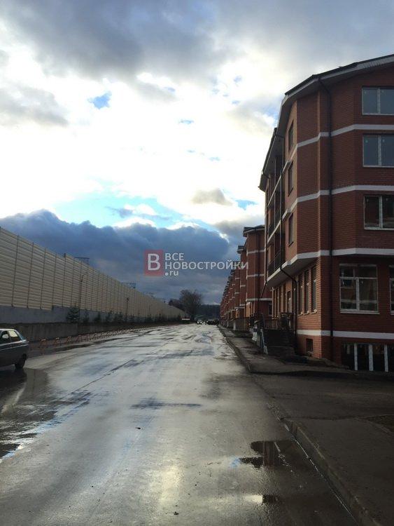 Жк рублевский форум парковка